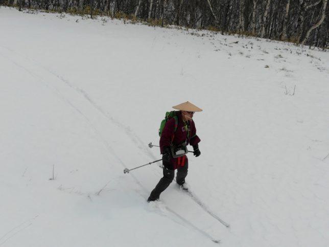 雪がよくないので慎重に下りました