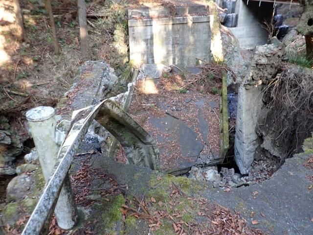 5号橋は完全に崩壊していました