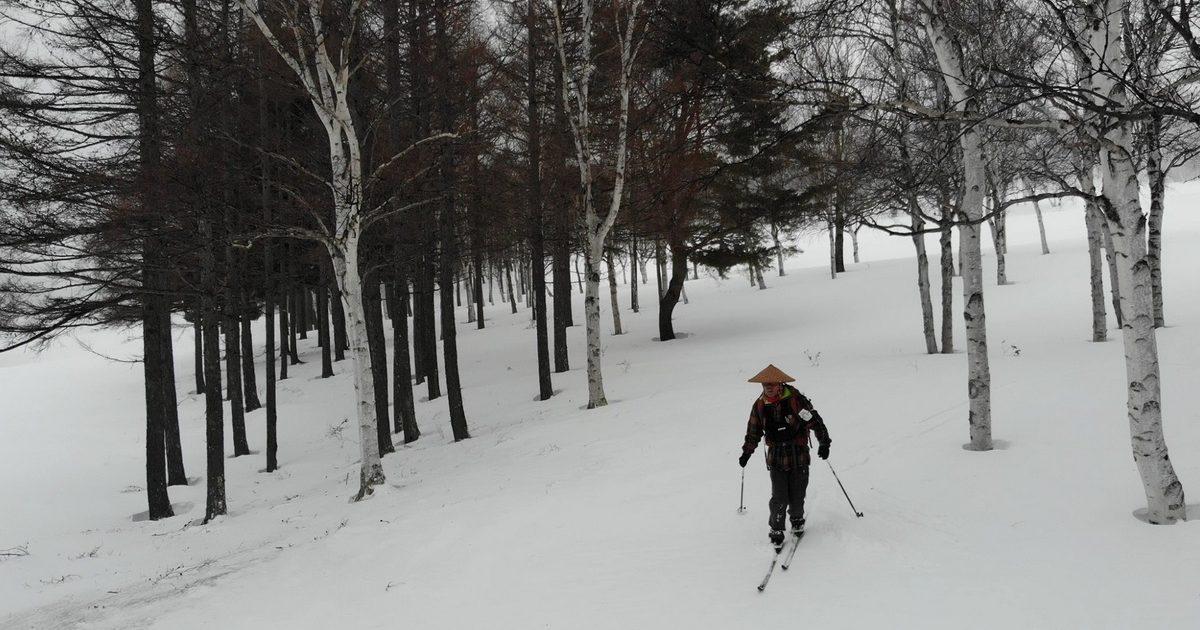 クロカンで根子岳BCスキー